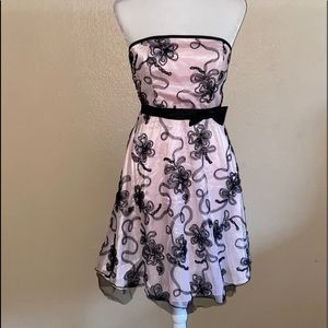 Pink and Black Lace Strapless Party Dress